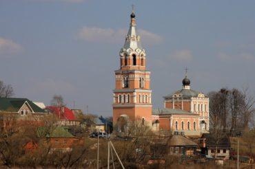Храм Живоначальной Троицы в Ознобишине передан Церкви